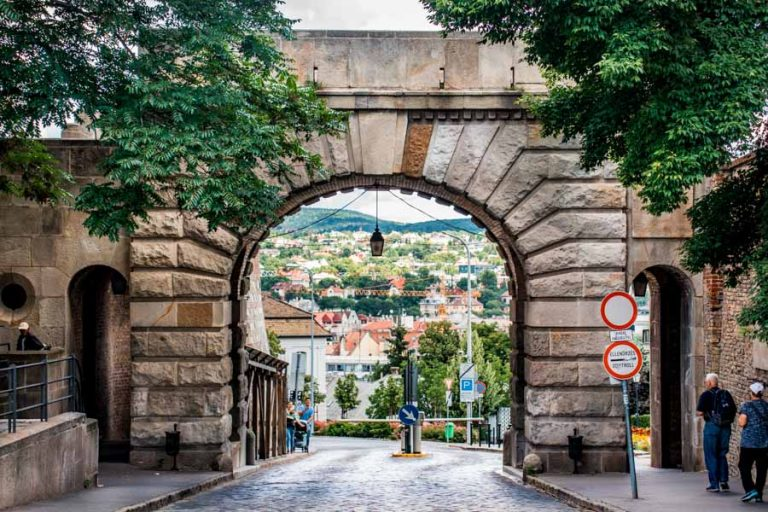 Wiena Gate Buda Castle