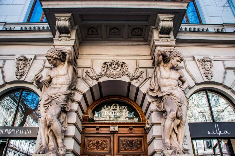 Beautiful doorway - Andrássy Street