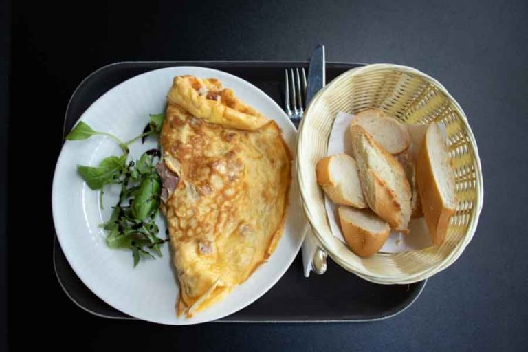 Omelette in Szamos Cafe