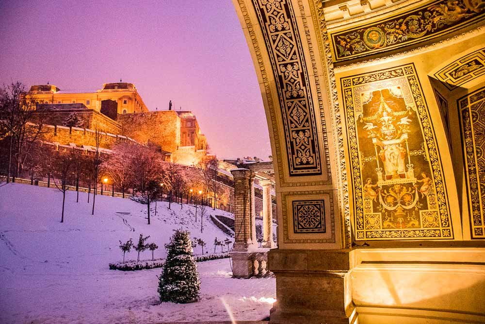 Budapest in winter - Castle Garden